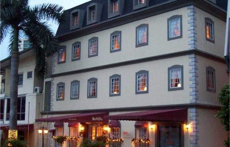 DeVille - Hotel - 0