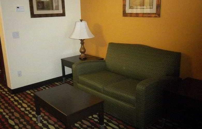 Best Western Greentree Inn & Suites - Hotel - 41