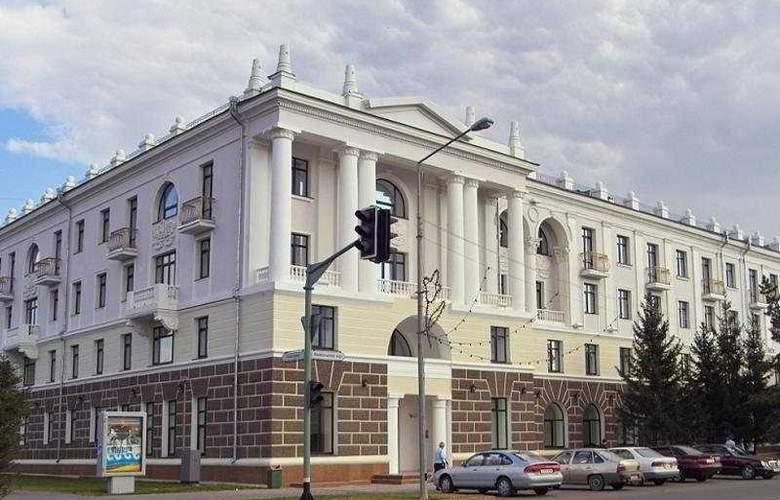 Grand Park Esil - Hotel - 0
