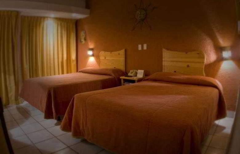 La Concha Beach Hotel - Room - 3
