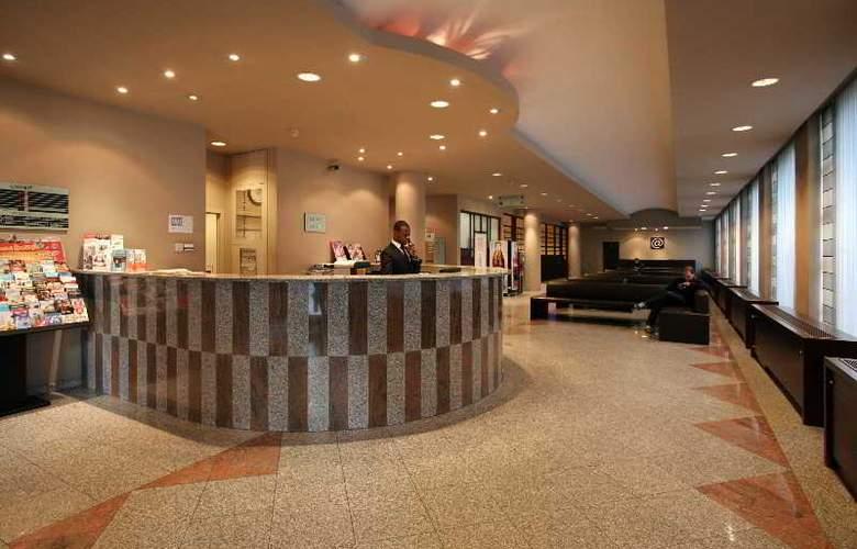 Astrid Centre - General - 2