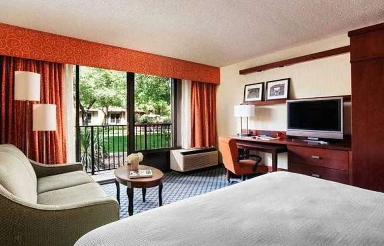 Courtyard Albuquerque - Hotel - 13