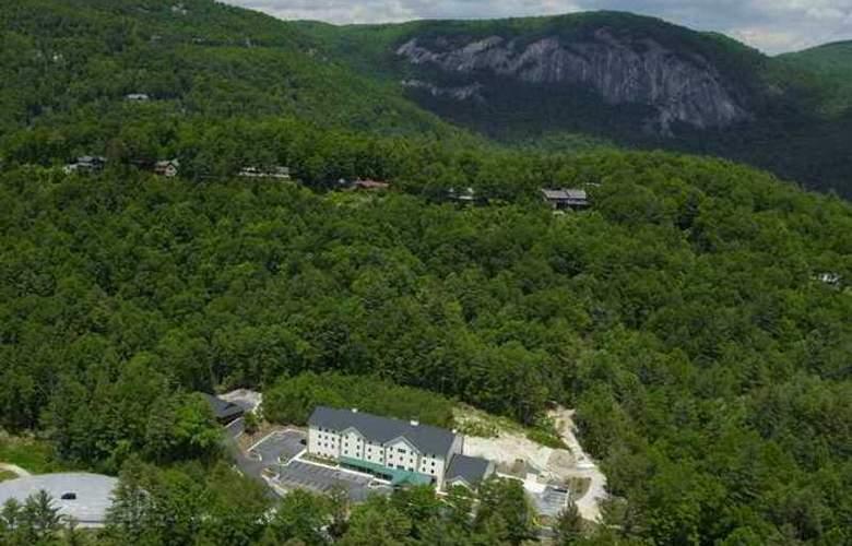 Hampton Inn & Suites Cashiers-Sapphire Valley - Hotel - 4