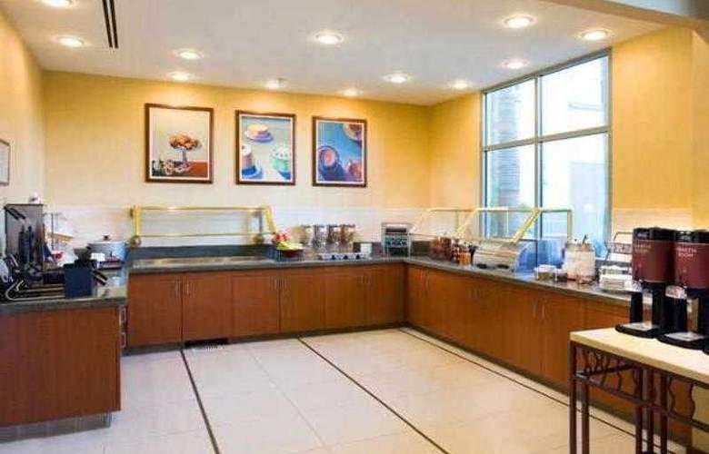 Residence Inn Irvine John Wayne Airport/Orange Cou - Restaurant - 25