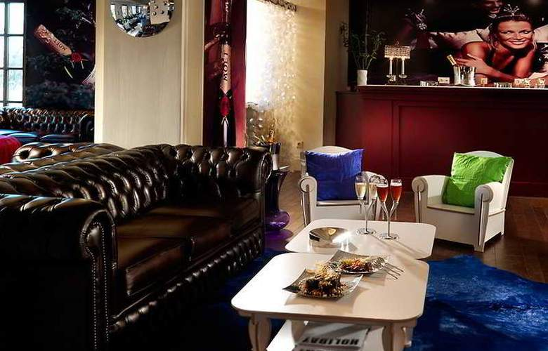 Classical Baby Grand Hotel - Bar - 6