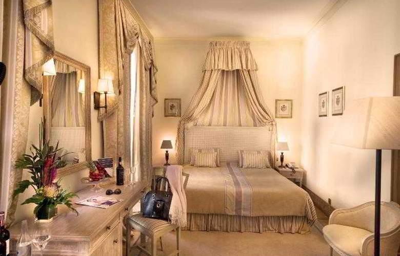 Real Palacio - Room - 16
