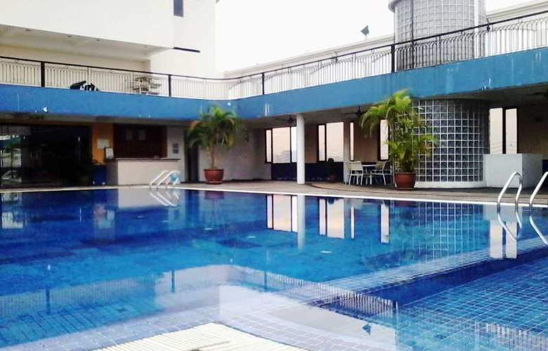 Dynasty Hotel Kuala Lumpur - Pool - 9