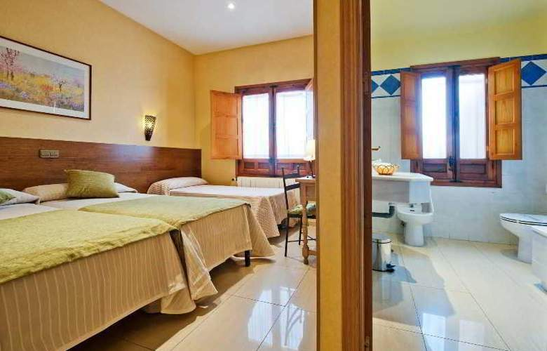 Hotel Sol - Room - 16