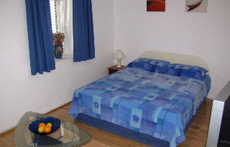 Apartments Marina - Room - 2