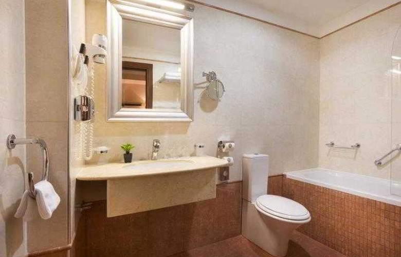 Best Western Premier Astoria - Hotel - 18