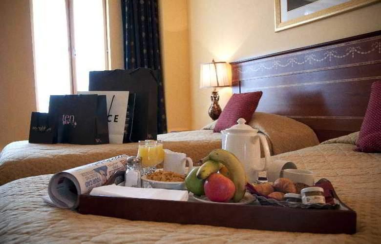 Kilkenny Hibernian Hotel - Room - 5