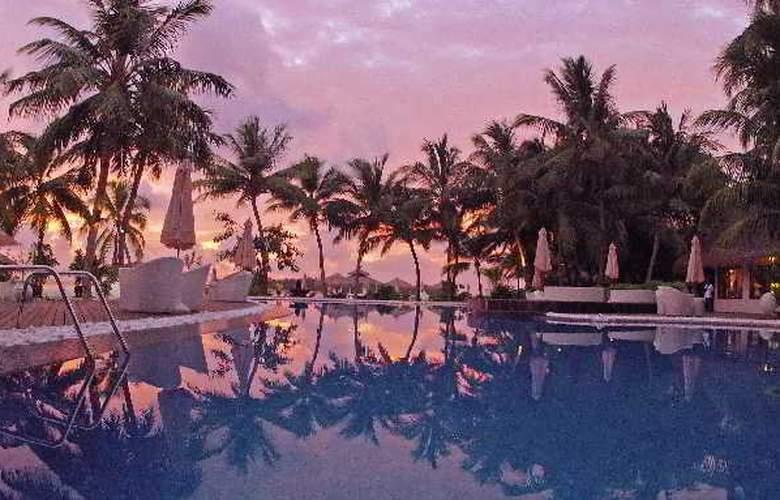 Kihaad Maldives - Pool - 13