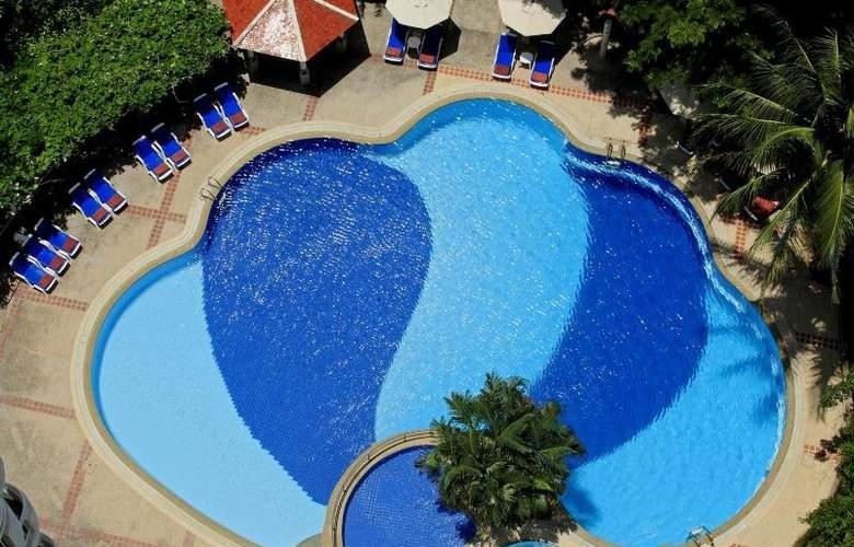 Waterfront Suites Phuket by Centara - Pool - 3