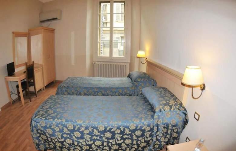 HHB Firenze Santa Maria Novella - Room - 6