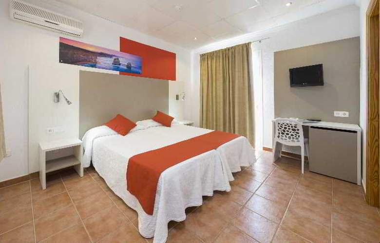 Hostal Adelino - Room - 8