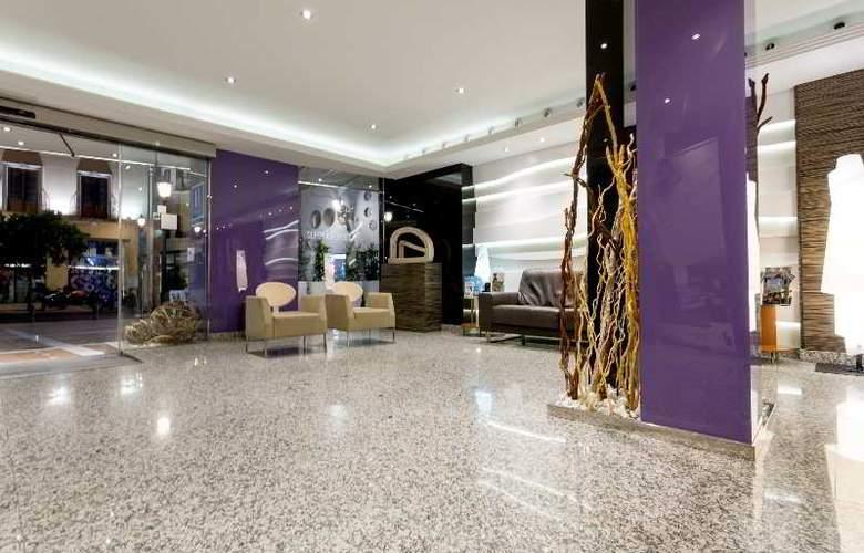 Nuevo Torreluz - Hotel - 16