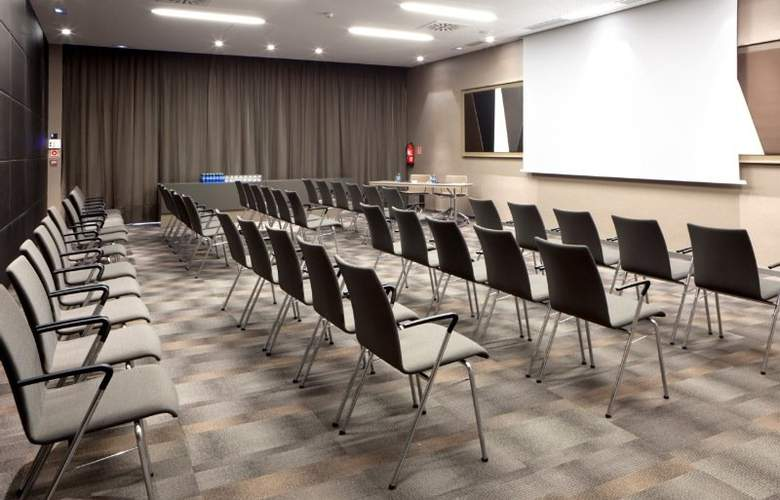 AC Hotel Sant Cugat by Marriott - Conference - 18