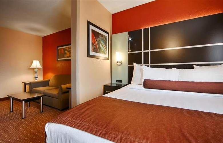Best Western Plus Carlton Suites - Room - 50