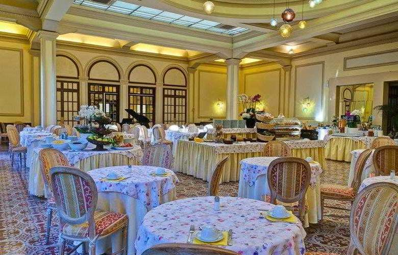 Best Western Premier Collection Grand Royal - Restaurant - 16