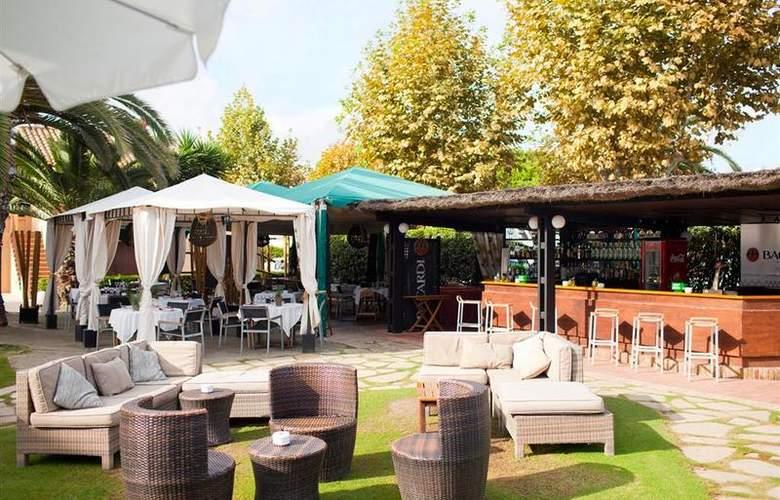 Best Western Hotel Subur Maritim - Bar - 100