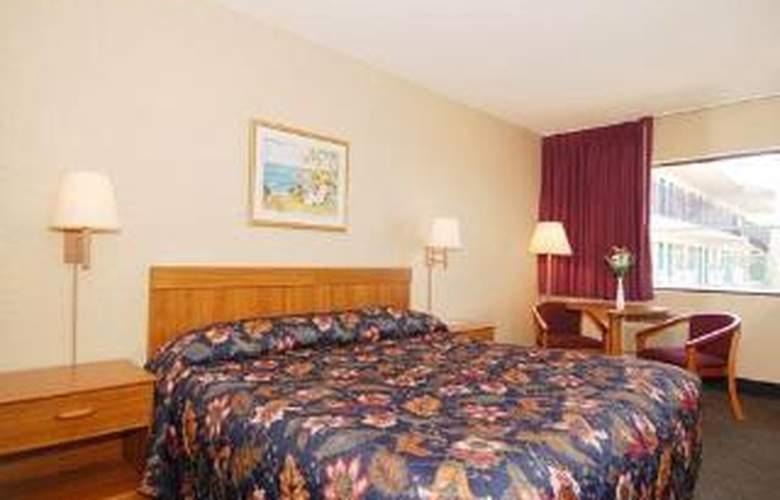 Econo Lodge Sebring - Room - 3