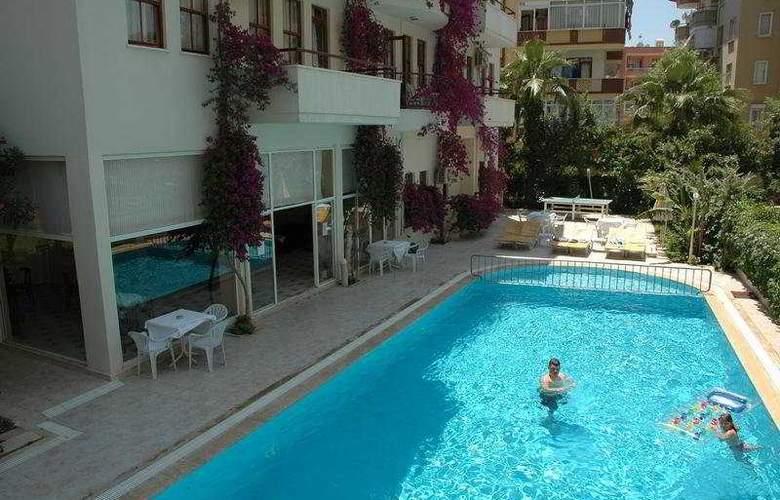Seda Apart Hotel - Pool - 7