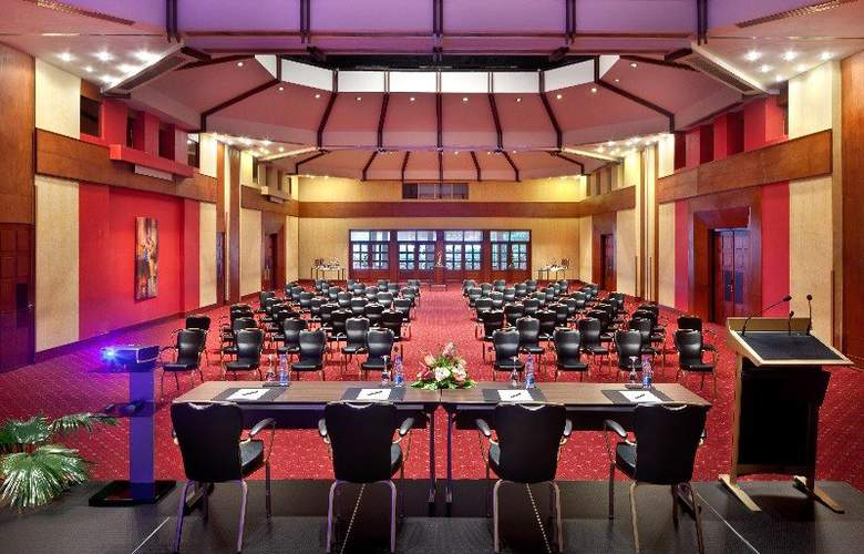 Hilton Yaounde hotel - Conference - 12