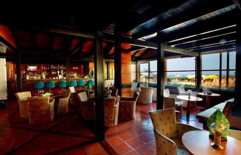 Baia Cristal Beach & Spa Resort - Bar - 7