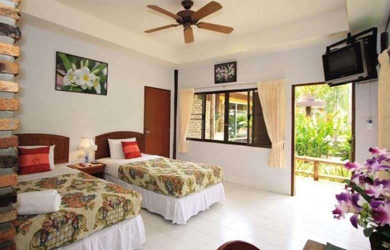 Green View Village Resort - Room - 11