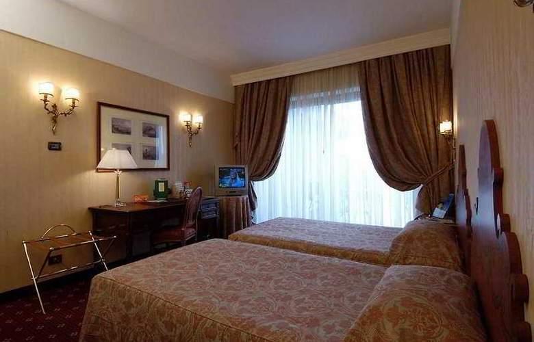 NH Firenze - Room - 3