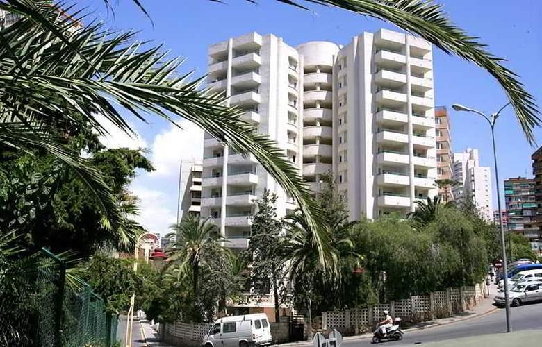 Las Torres - Hotel - 0