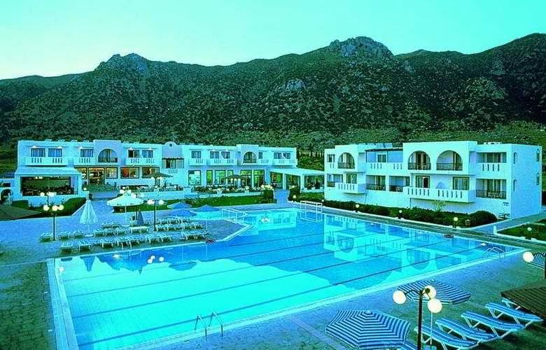 Akti Beach Club - Pool - 3