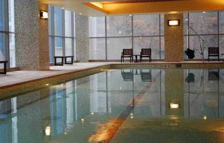 Hyatt at Olive 8 - Pool - 7