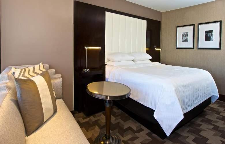 Beverly Hills Marriott - Room - 28