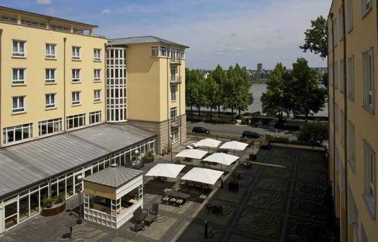 Hilton Bonn - Hotel - 13