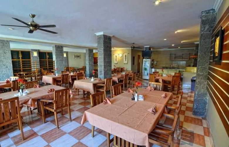 Rosani Legian - Restaurant - 21