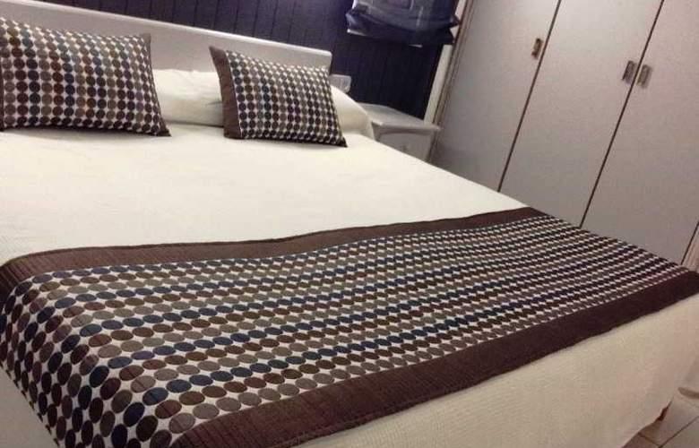 Apartamentos Turísticos Royal Life - Room - 19