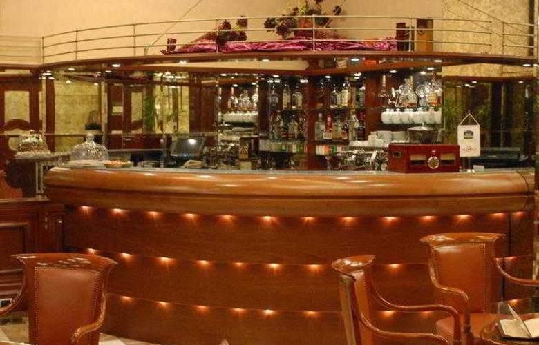 Best Western Premier Astoria - Hotel - 48