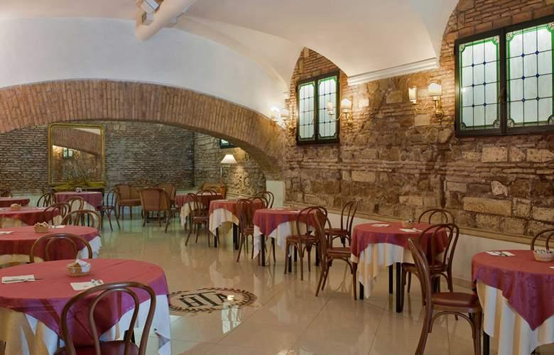 Exe Della Torre Argentina - Restaurant - 18