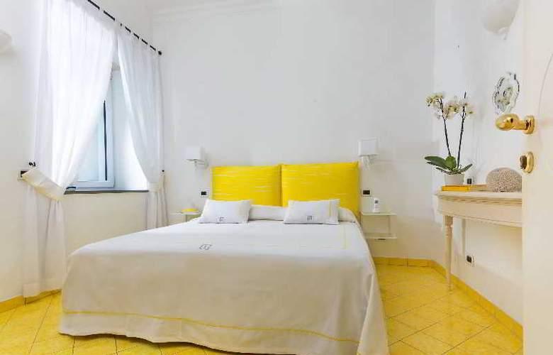Relais Maresca - Room - 9