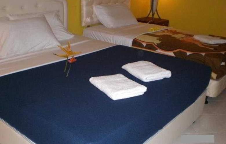 White Lodge - Room - 8