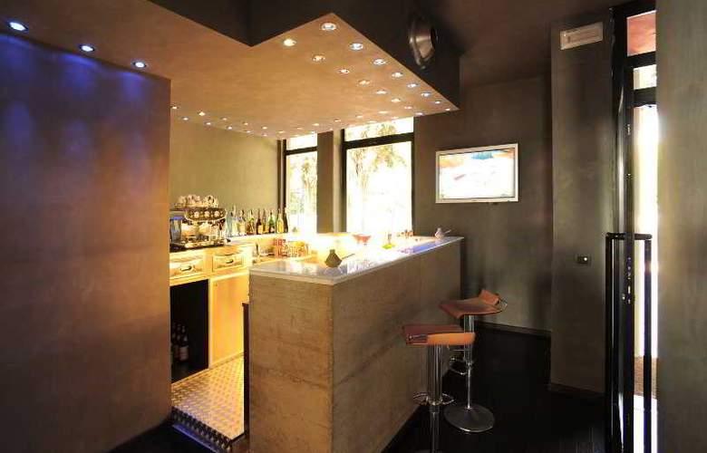 Domo Spa & Resort - Bar - 4