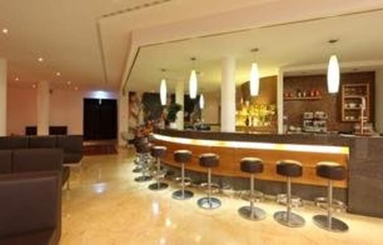 Coronado Hotel - Bar - 6