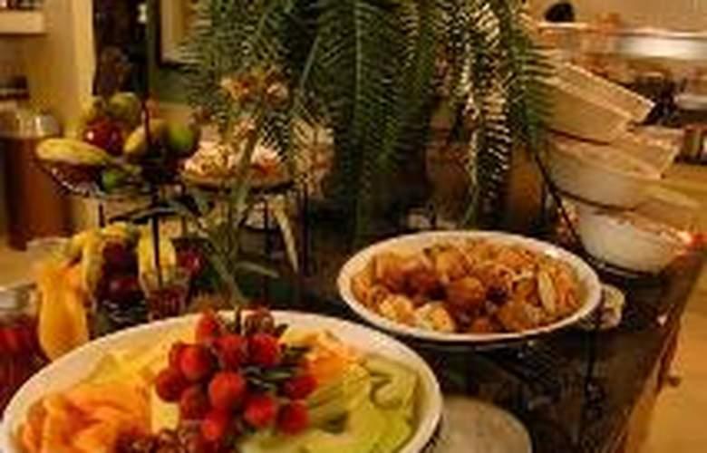 Hilton Garden Inn Charlottesville - Restaurant - 1