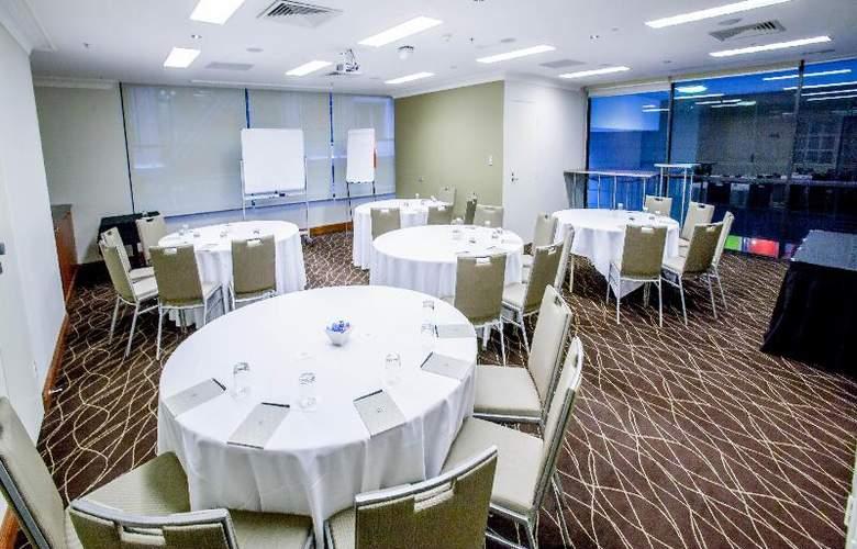 Rydges World Square Sydney - Conference - 15