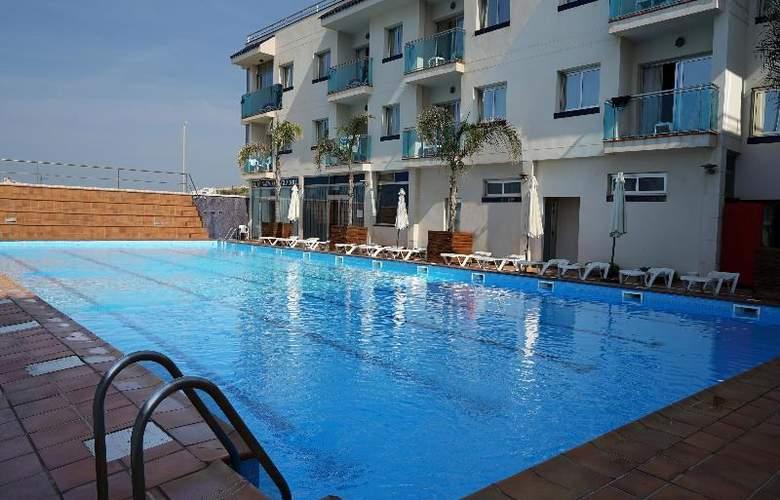 Port Sitges Resort - Pool - 15