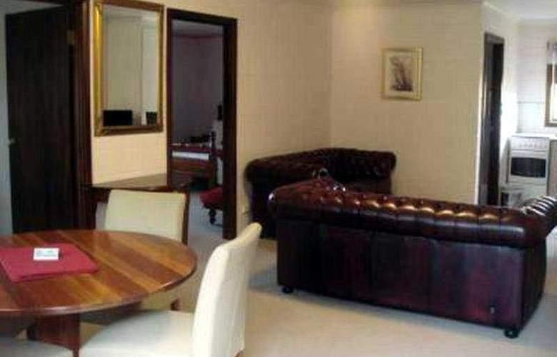 Grosvenor Court Apartments - Room - 9