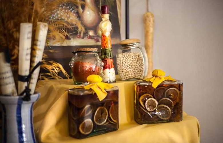 Izan Trujillo - Restaurant - 37