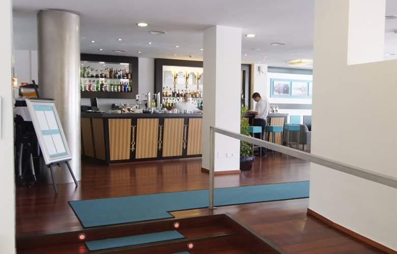 Daina Hotel - Bar - 24