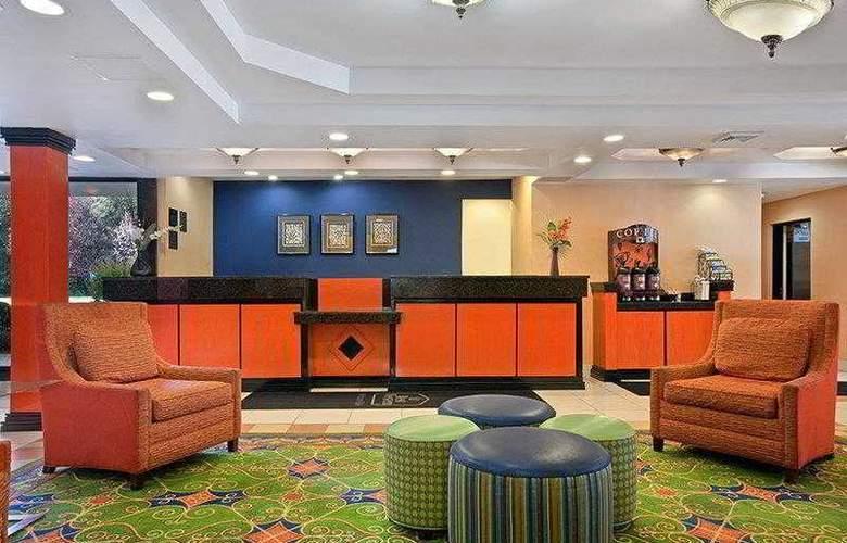 Best Western New Englander - Hotel - 14